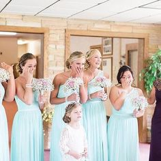 We can't handle this wedding parties reaction! || Photography: Arielle Peters