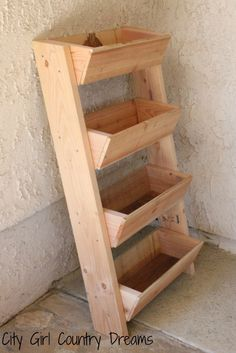 via City Girl Country Dreams, Ana's plan is modified. Great for herb garden.