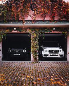 Mercedes g class 63 amg 🖤😎! Mercedes Suv, Mercedes G Wagon, Mercedes Benz G Class, Top Luxury Cars, Lux Cars, Mc Laren, Car Goals, Fancy Cars, Future Car