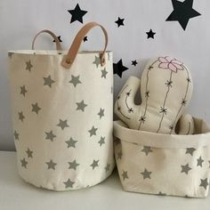 Little Rabbit Toy Rack - Diy Fabric Basket Dog Toy Storage, Fabric Storage Bins, Fabric Boxes, Bag Storage, Fabric Basket, Rabbit Toys, Kids Room Design, Baby Store, Cloth Bags