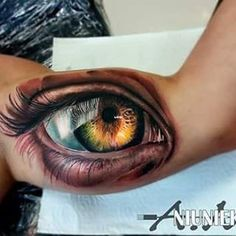 Stunning hyperrealistic eye