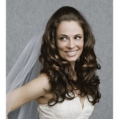 Classic Bride Hairstyle With Big Curls