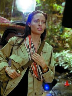 Uploaded by Angelina Jolie. Find images and videos about Angelina Jolie and angelinajolie on We Heart It - the app to get lost in what you love. Tomb Raider Angelina Jolie, Angelina Jolie Quotes, Angelina Joile, Angelina Jolie Pictures, Oscar Movies, Jolie Pitt, Lara Croft, Celebs, Celebrities