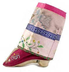"""""""Lotus"""" shoes and anklet, pre-revolutionary china"""