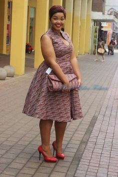 18 African Prints Styles For The Plus Size Woman at Diyanu African American Fashion, Latest African Fashion Dresses, African Dresses For Women, African Print Dresses, African Print Fashion, Africa Fashion, African Attire, African Wear, Fashion Prints