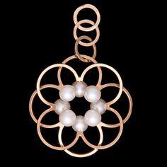 Elis Kauppi for Kupittaan Kulta, 14k gold and pearls pendant, 1986. #Finland | Bukowskis Market