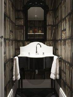 Hermoso papel de pared Ex Libris del diseñador italiano Piero Fornasetti en Lima en www.italier.pe