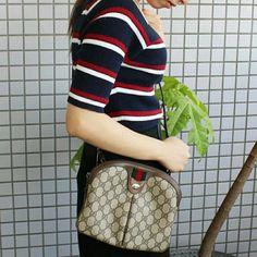 ee41adfae5fecf Description: Authentic Gucci GG supreme vintage web cross body bag in good  conditions.