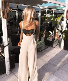 Awesome 38 Trendy Summer Fashion Ideas That Make You More Sweet Look. - - Awesome 38 Trendy Summer Fashion Ideas That Make You More Sweet Look. Awesome 38 Trendy Summer Fashion Ideas That Make Yo. Mode Outfits, Casual Outfits, Fashion Outfits, Womens Fashion, Fashion Ideas, Fashion Clothes, Fashion Trends, Ladies Fashion, Night Outfits