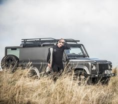 If you know you know... #MoreThanMeetsTheEye #AntiOrdinary #Defender #LandRover #TwistedDefender #LandRoverDefender #Lifestyle #Surf #Adventure #Explore #Outdoors #Hibernot #4x4 #DefenderRedefined #Details #Handcrafted #Photography #Automotive #CarThrottle #ModernClassic  Image @gfwilliams by twisted_automotive If you know you know... #MoreThanMeetsTheEye #AntiOrdinary #Defender #LandRover #TwistedDefender #LandRoverDefender #Lifestyle #Surf #Adventure #Explore #Outdoors #Hibernot #4x4…
