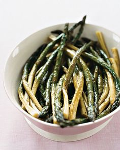 Oven-Roasted Asparagus                                                                                           Food  Asparagus   Dinner  Easter   Side dishes  Spring                                                               Email                                                                                              Select ratingPoorOkayGoodGreatAwesomePoorOkayGoodGreatAwesome            Rate (0)                 Reviews(0)                                      Save                                                                  ...