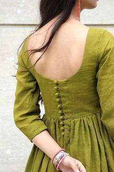 Trendy Sarees, Stylish Sarees, Stylish Dresses, Nice Dresses, Stylish Dress Designs, Designs For Dresses, Dress Design Patterns, Western Dresses For Women, Lehenga Saree Design