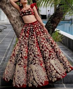 Indian Bridal Outfits, Pakistani Bridal Dresses, Indian Bridal Wear, Pakistani Dress Design, Indian Designer Outfits, Lehnga Dress, Bridal Lehenga Choli, Wedding Dresses For Girls, Party Wear Dresses