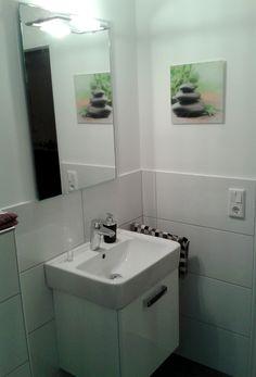 Kompakter Waschtisch In Gäste WC