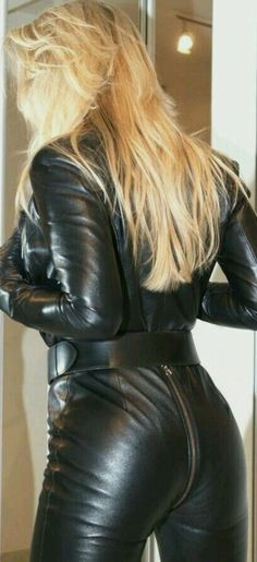 #leather #latex #skirt Leather Gloves, Leather Pants, Black Leather, Leather Jumpsuit, Black Jumpsuit, Shiny Leggings, Leather Dresses, Leather Fashion, Sexy Outfits