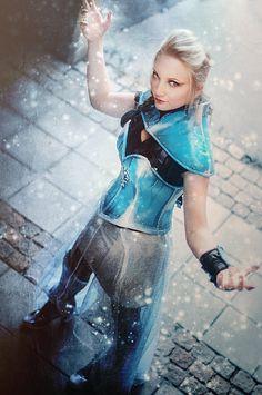 Love this post apocalyptic Elsa cosplay! - 10 Elsa Cosplays