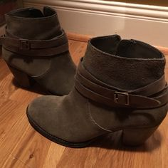 Steve Madden Morrgan booties Grey with brown buckle. Steve Madden. 8.5. No flaws! Steve Madden Shoes Ankle Boots & Booties