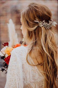 Boho Wedding Hair Half Up, Boho Bridal Hair, Bridal Hair And Makeup, Bohemian Hairstyles, Dress Hairstyles, Wedding Hairstyles, Wedding Styles, Wedding Ideas, Wedding Themes