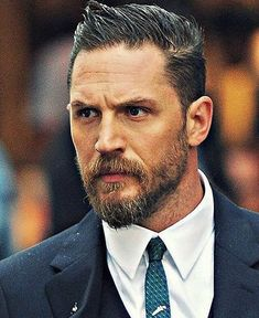 Redeeming Love- Tom Hardy as Magowan Tom Hardy Hot, Tom Hardy Legend, Toms Outlet, Hollywood Actor, Hair And Beard Styles, Haircuts For Men, Bearded Men, Gorgeous Men, Sexy Men