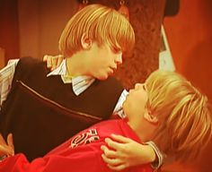 Cole M Sprouse, Dylan Sprouse, Zack Et Cody, Suit Life On Deck, Suite Life, Twins, Babies, Sweet, Celebs