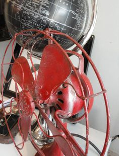 Red Vintage GE Fan...I need something like this for my master bedroom makeover