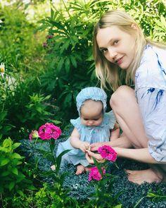 Sasha Pivovarova, Girls Dresses, Flower Girl Dresses, Instagram Summer, Wedding Dresses, Flowers, Image, Fashion, Dresses Of Girls