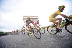 Trois semaines se terminent #TDF ! Photo Agence ZOOM