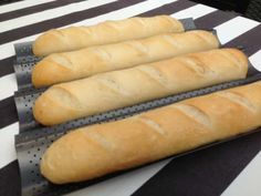 Cook N, Hot Dog Buns, Bread Recipes, Food And Drink, Baking, Ethnic Recipes, Flutes, Breads, Tips