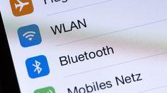 Mit Bluetooth können Daten über kurze Distanzen gesendet werden. (Quelle: imago/STPP)