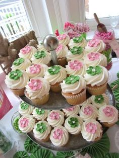 pink and green preppy cupcakes