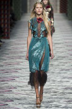 Gucci Spring 2016 Ready-to-Wear Fashion Show - Barbara Egholm