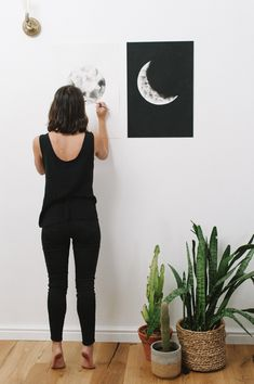 Amy Keevy is an artist specializing in watercolour lunar artworks and the female form. Watercolor Moon, Moon Phases, Female Form, Watercolours, Amy, Fashion, Moda, Fashion Styles, Woman Style