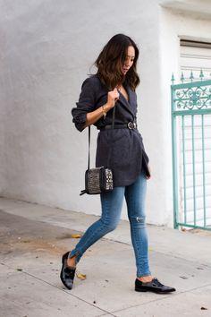 #01.06.15 Similar Coat: http://rstyle.me/n/vkgc9bgzq7 ,  Jeans: http://rstyle.me/n/vkgdvbgzq7 , Shoes: http://rstyle.me/n/vkgd5bgzq7,  Diesel black gold studded bag.   http://www.songofstyle.com/…/belted-blazer-skinny-jeans.html