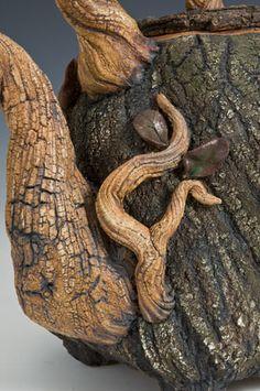 Live Oak Treepot http://www.sticks-n-stonesstudio.com/treepots.html#11