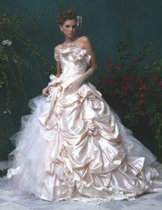 Stella de Libero elaborate wedding dress; but then, let's face it, every Stella de Libero gown is an extravagant fantasy.