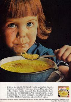 Etiquette Refresher - How to Eat Soup Lipton Soup, Vintage Ephemera, Vintage Ads, Retro Ads, Vintage Food, Vintage Signs, Spaghetti Soup, Golden Chicken, Essen