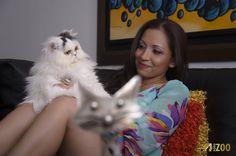 FotoZoo te permite capturar bellos instantes en la comodidad de tu casa junto a tu mascota. Style, Fashion, Home, Pet Photography, Fotografia, Swag, Moda, Fashion Styles, Fashion Illustrations