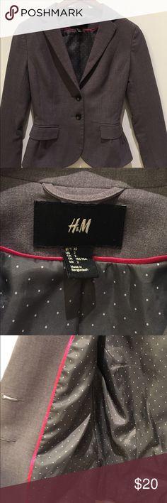 H&M Gray Blazer SZ 2 H&M Gray Blazer SZ 2 H&M Jackets & Coats Blazers