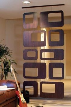 Painel de MDF Vazado...  #Decoração #Sobrado #CasaNova #CondomínioFechado #CasadeAltoPadrão #FamíliaCresceu #PédireitoDuplo  Não esqueça o conforto e segurança na escada com http://www.corrimao-inox.com   Me mande um Zap (19)983634489