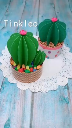 DIY Papier DIY Paper Cactus Decoration How Fit Is Your Kid I read an article the other day entitled Diy Crafts Hacks, Diy Crafts For Gifts, Diy Home Crafts, Diy Arts And Crafts, Creative Crafts, Crafts For Kids, Simple Paper Crafts, Crafts For The Home, Wall Decor Crafts