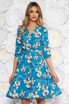 """StarShinerS blue elegant cloche dress with elastic waist thin fabric with floral print, accessorized with tied waistband, inside lining, flaring cut, elastic waist, floral prints, elastic held sleeves, 3/4 sleeves, soft fabric, thin fabric, """"V"""" cleavage"""