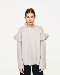 Image 3 of SOFT SWEATSHIRT WITH FRILLS from Zara Knit Fashion, Fashion Sewing, Casual Street Style, Sweatshirt Refashion, Winter Tops, Zara, Cute Tops, Modest Fashion, Ideias Fashion