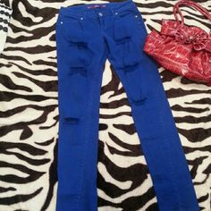 BLACK FRIDAY SALE!Royal Blue Jeans Royal blue skinny jeans with frays and holes. In excellent condition. Super cute with heels or wedges. Have fun shopping! Pink Jeans