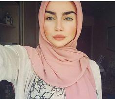 Image de hijab, chechenka, and makeup