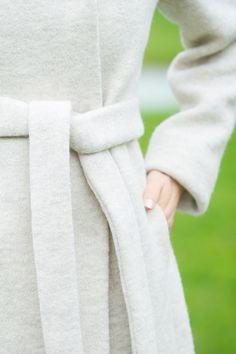 Ethical Fashion winter style // sustainable virgin wool coat: LANIUS // Photo: eyetakeyourpicture.de // #fairfashion #ootd #lookdujour