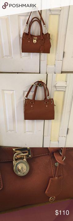 Michael Kors east/west hamilton Satchel bag Great condition  partial chain on strap Bags Satchels