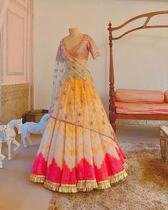Party Wear Indian Dresses, Desi Wedding Dresses, Designer Party Wear Dresses, Indian Gowns Dresses, Indian Bridal Outfits, Party Wear Lehenga, Indian Fashion Dresses, Bridal Lehenga Choli, Indian Designer Outfits