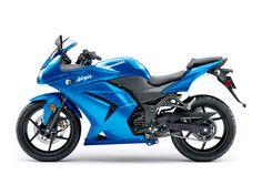 2010 Kawasaki Ninja~Can't decide whether I want the Black or Blue one lol. Kawasaki Ninja 250r, Kawasaki 250, 4k Wallpaper For Mobile, R Wallpaper, Blue Motorcycle, Baby Bike, Kawasaki Motorcycles, Hot Bikes, Street Bikes