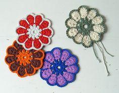 Retro crochet coaster via Handmade Handsome