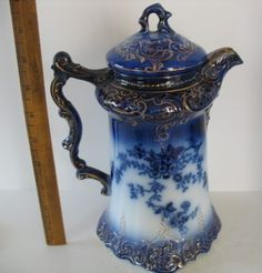 Beautiful Flow Blue Chocolate/Coffee Pot with lavish gilding by Wheeling Pottery in the LaBelle pattern, Flow Blue China, Blue And White China, Dark Blue, Blue Gold, Blue Chocolate, Chocolate Pots, Chocolate Coffee, Blue Dishes, White Dishes